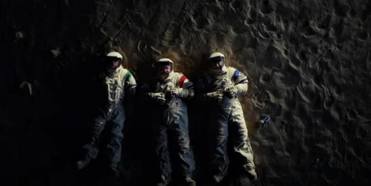 Сериал Moonbase 8 — подготовка к высадке на Луну проходит… нормально все, никто же пока не погиб