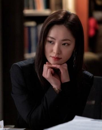 Корейская актриса Чон Ё Бин персонаж Дорамы Винченцо