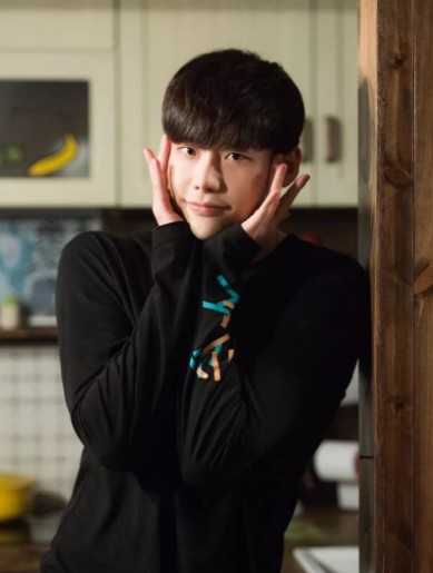 Корейский актёр Ли Чон Сок   Lee Jong Suk