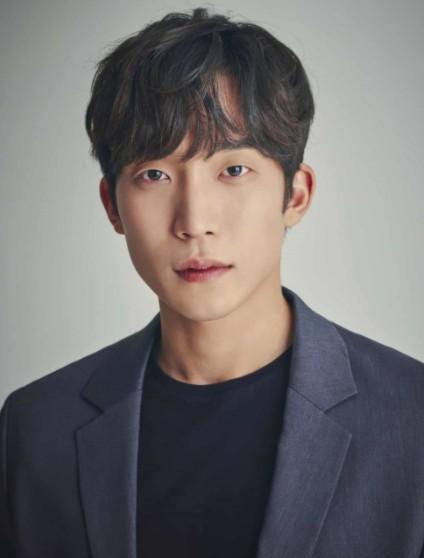 Корейский актёр Ли Сан И   Lee Sang Yi