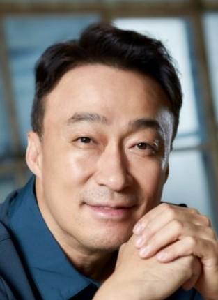 Корейский актёр Ли Сон Мин   Lee Sung Min