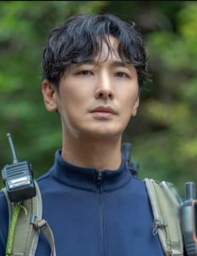 Дорама Скалолаз / Гора Чири Корейский актёр Чжу Джи Хун   Joo Ji Hoon