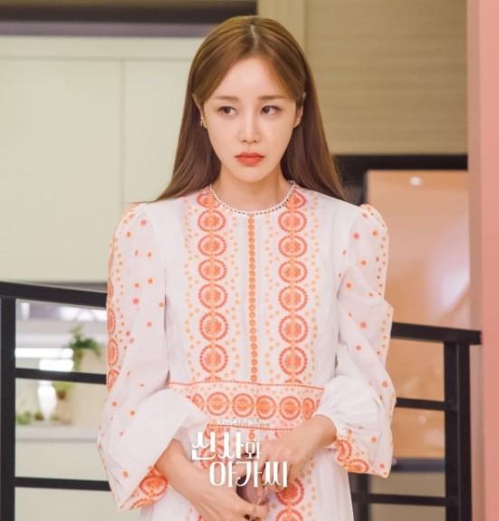 Дорама Джентльмен и юная леди корейская актриса Ли Се Хи | Lee Se Hee