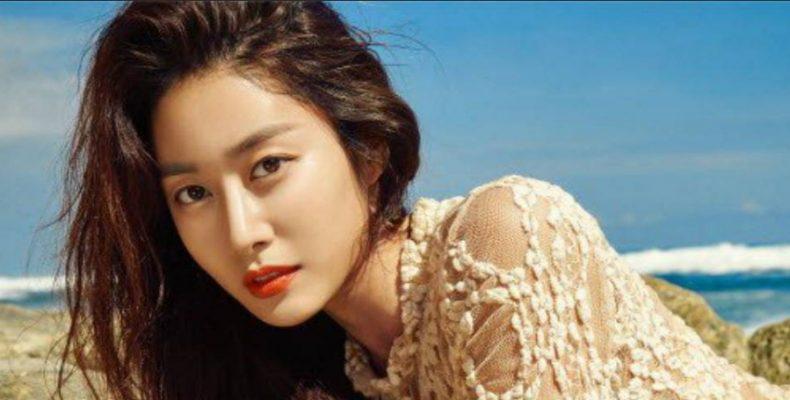 Корейская актриса Чон Ё Бин
